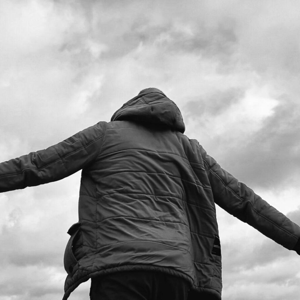 EIN & Amos feat. Aurelia - Kontur - Crave Digital Dystrybucja Cyfrowa Muzyki Agencja Muzyczna Management Artystyczny Organizacja Koncertów